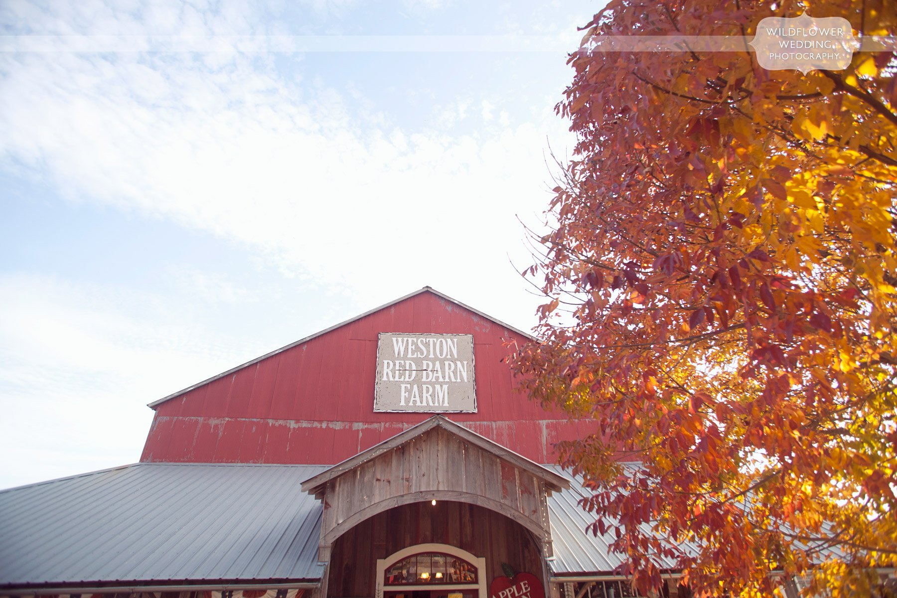 weston-red-barn-wedding-kc-mo-13