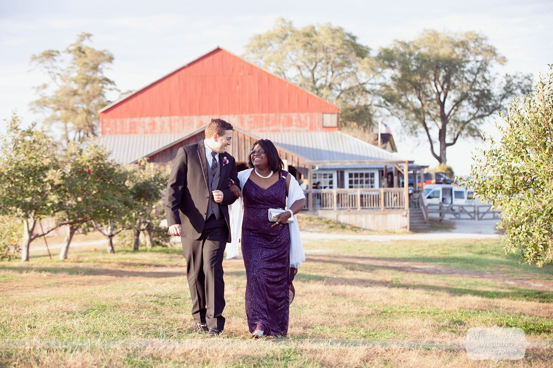 weston-red-barn-wedding-kc-mo-16