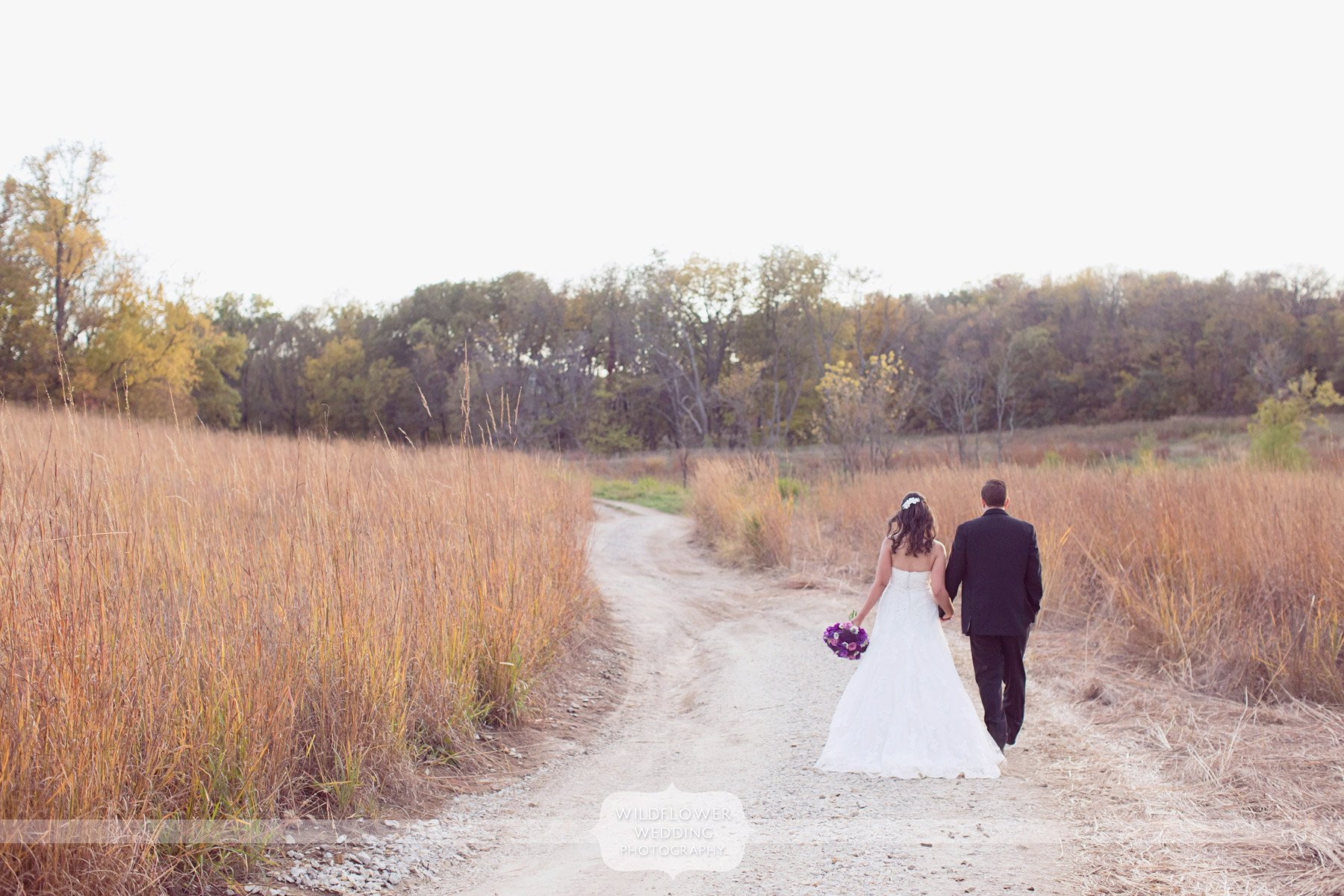 weston-red-barn-wedding-kc-mo-28