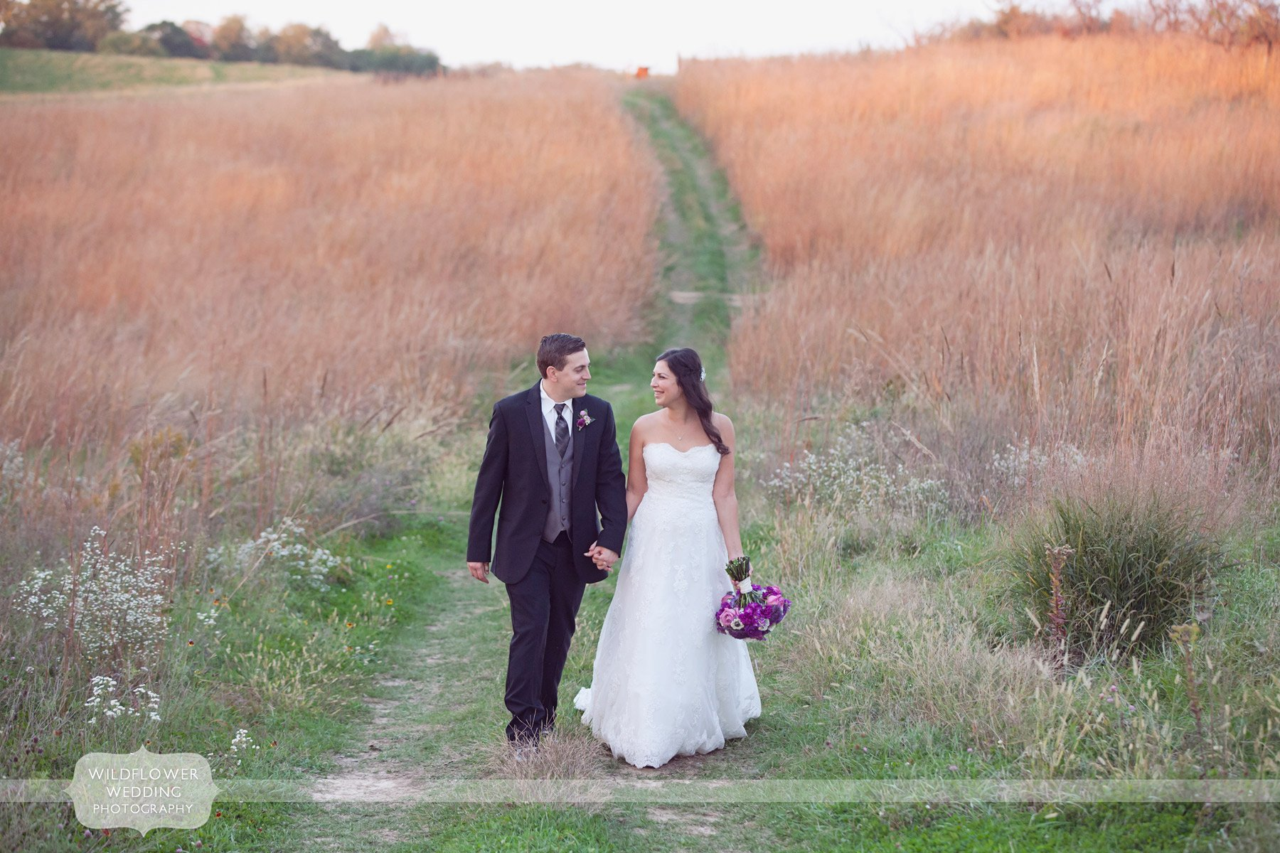 weston-red-barn-wedding-kc-mo-36
