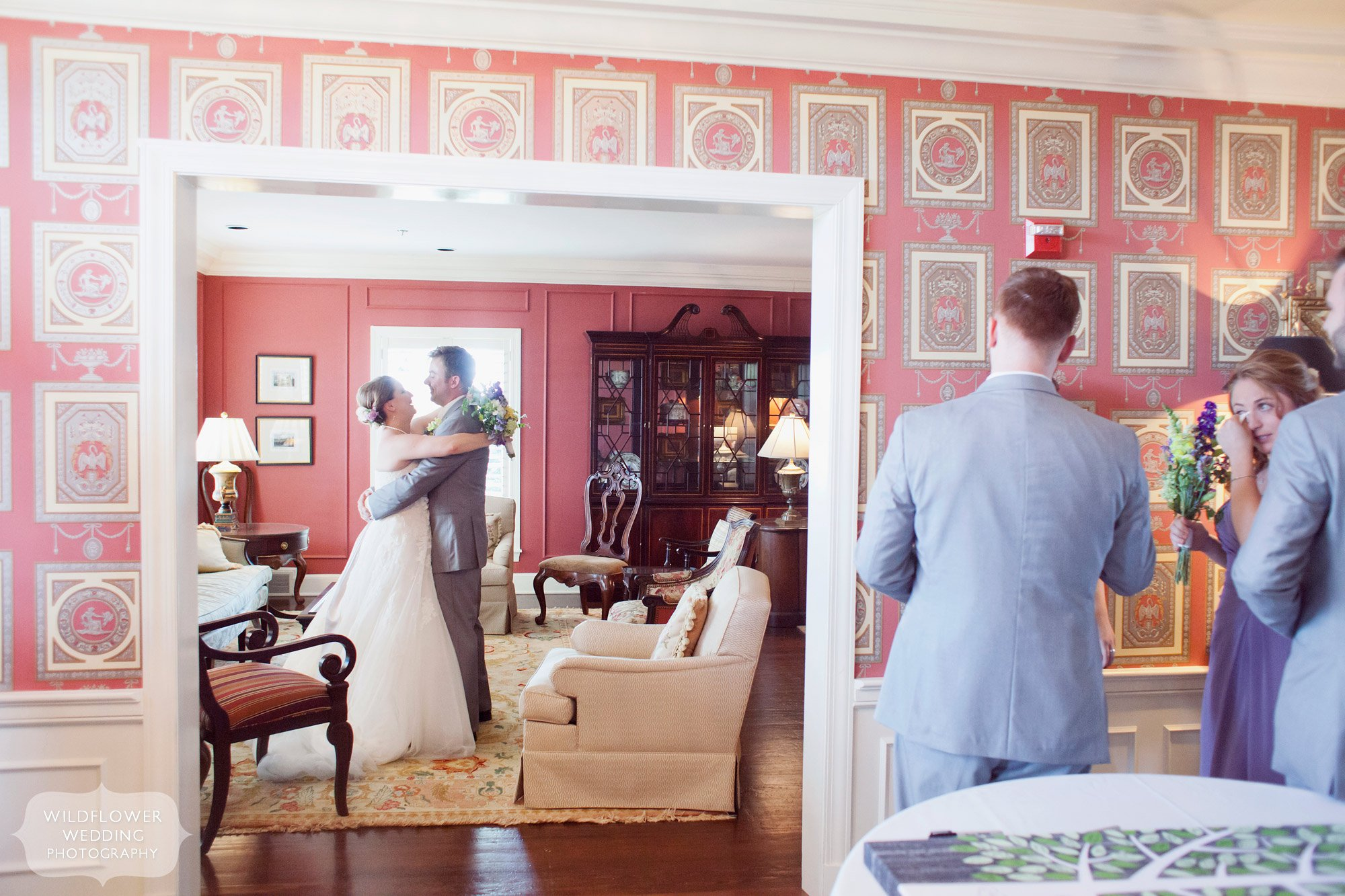 Documentary Wedding Photography at the Old Hawthorne in Columbia, MO