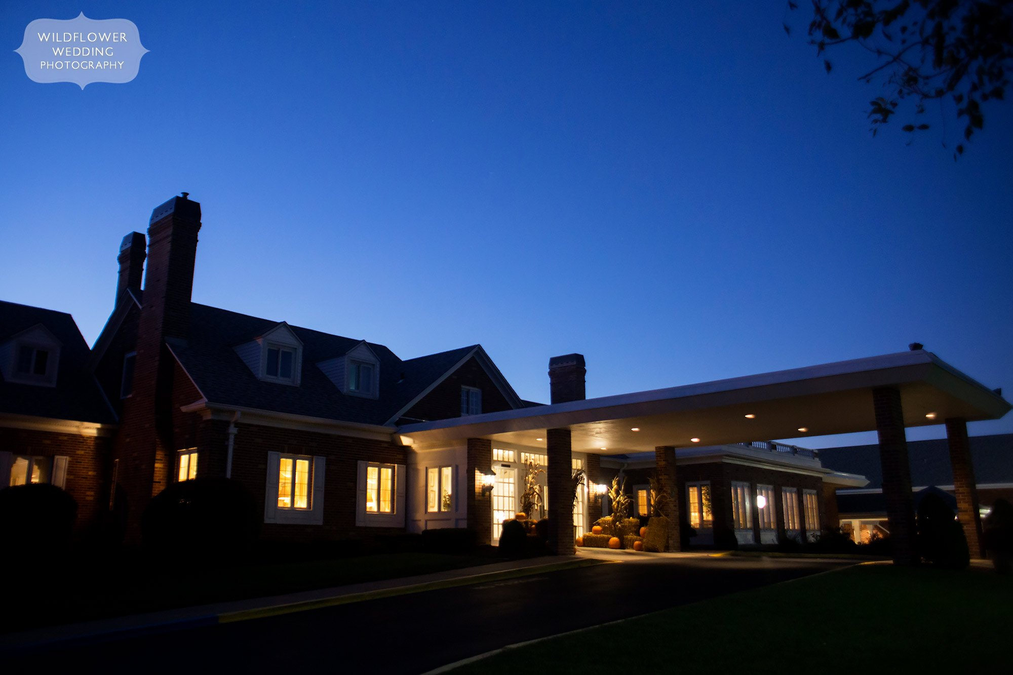 Jefferson City Country Club wedding at blue light dusk in October.