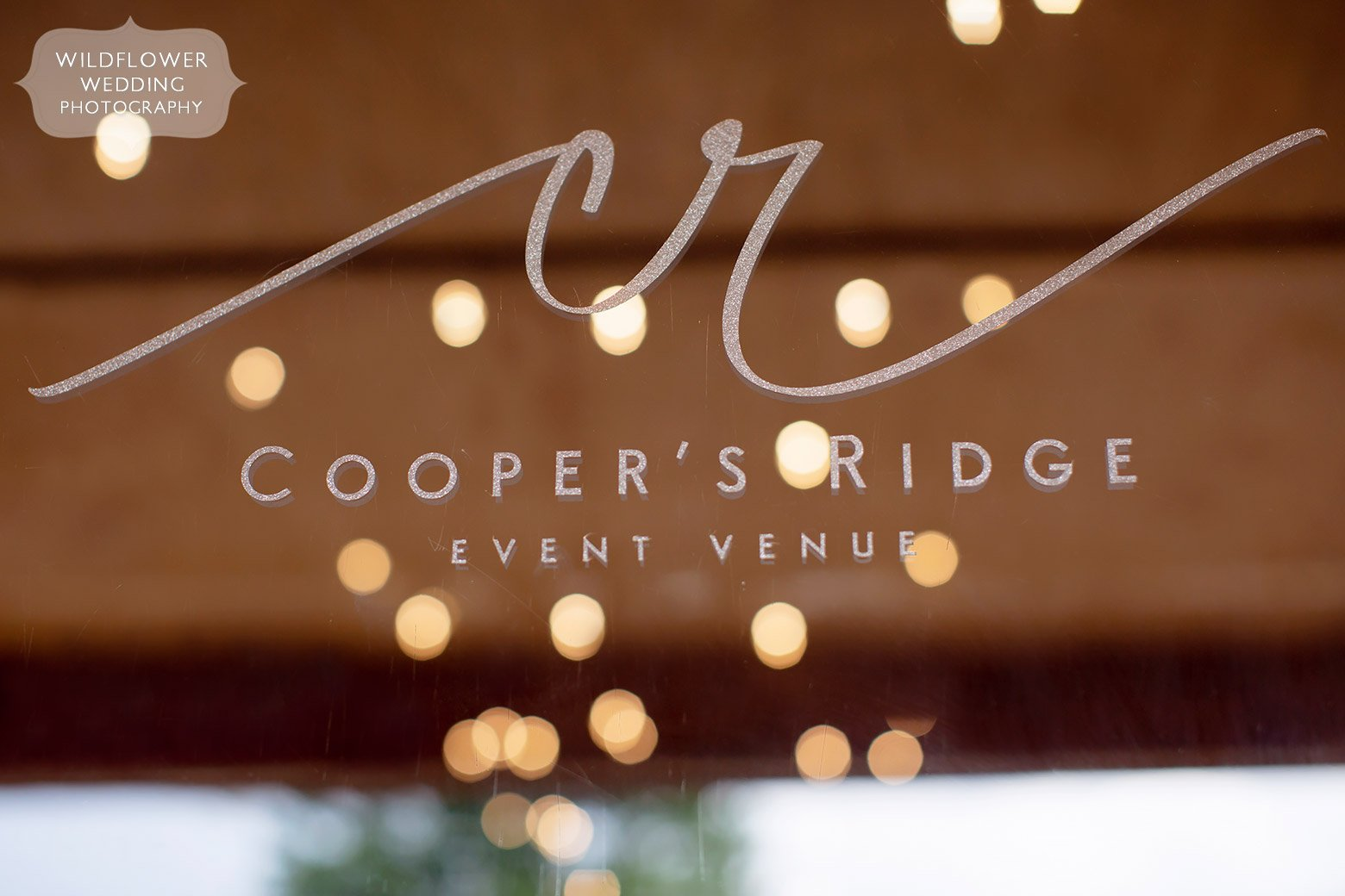 Cooper's Ridge barn wedding venue in the country at Boonville.