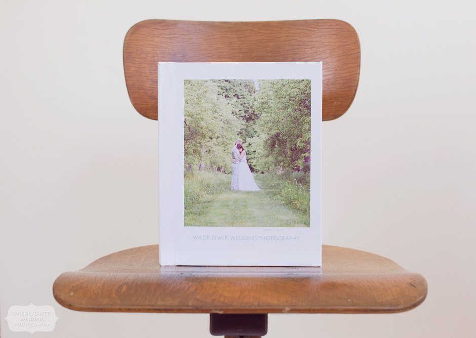 rustic-wedding-photo-album-mo-001