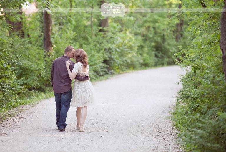 katy-trail-engagement-photography-mo-01