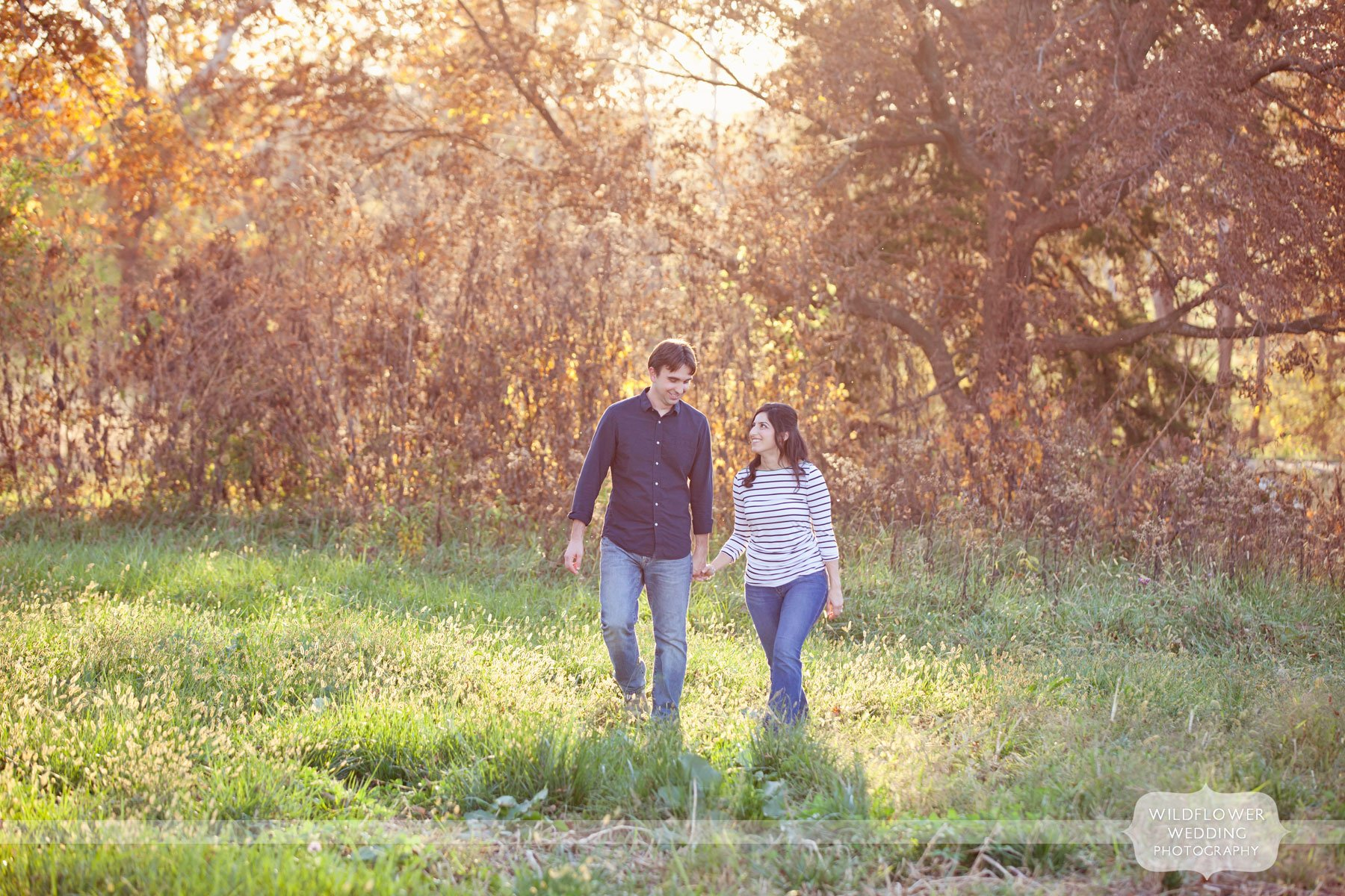 blue-bell-barn-engagement-mo-02