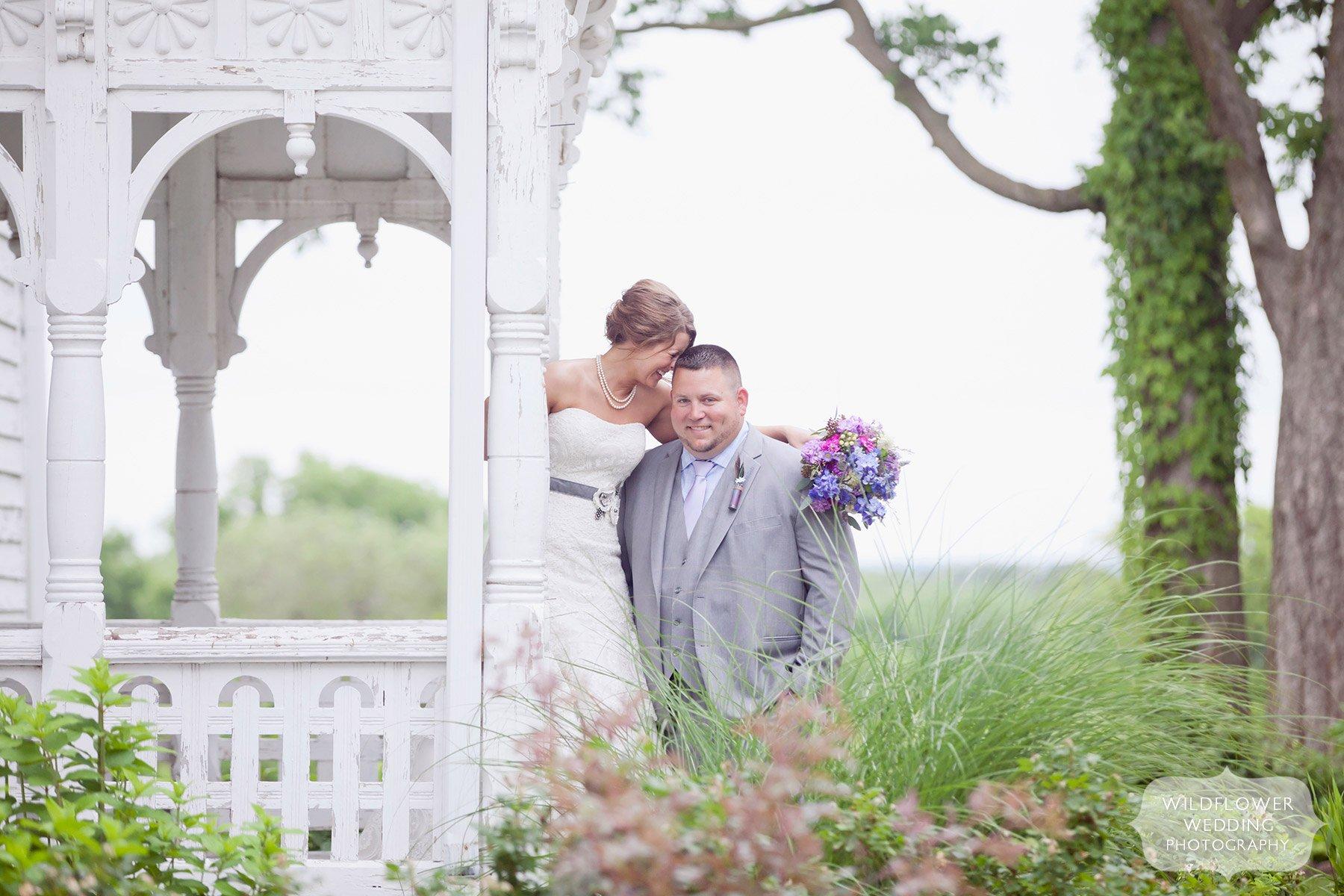 Rustic Farm Wedding in Mid-Missouri near Columbia & Fayette