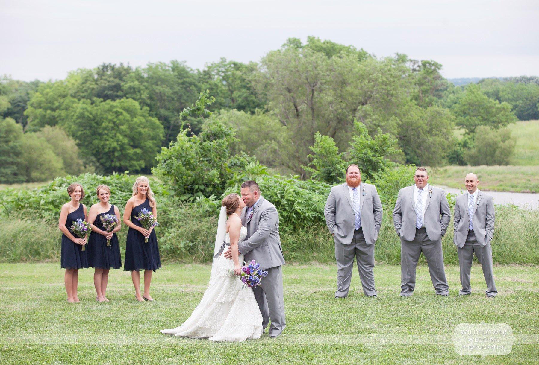 blue-bell-barn-wedding-reception-02