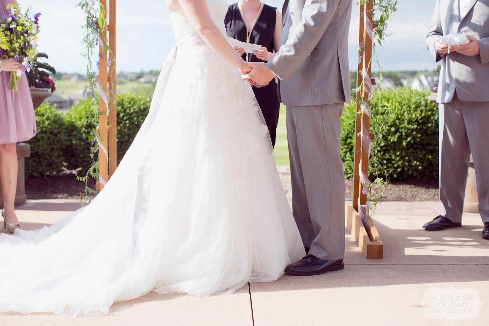 Documentary Wedding Photography - Hawthorne Club Columbia, MO